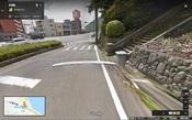 02 東別府駅の石段を下って右へ.jpg