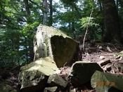 05 崩れた岩DSC05157.JPG