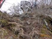 (10) 岩の間を上るDSC08326.JPG