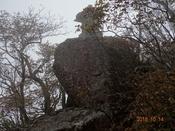 (60) 山頂手前の祠DSC06492.JPG