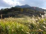 34IMGP6184三俣山が覗く.JPG